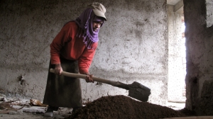 ethiopia-women-construction3